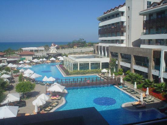 Alba Royal Hotel: View from balcony