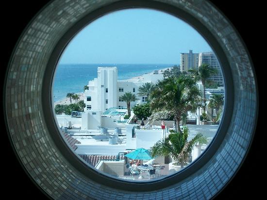 The Ritz-Carlton, Fort Lauderdale: Blick aus dem Bad