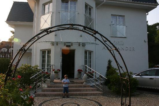 Mielno, Poland: Villa Alexander Eingang