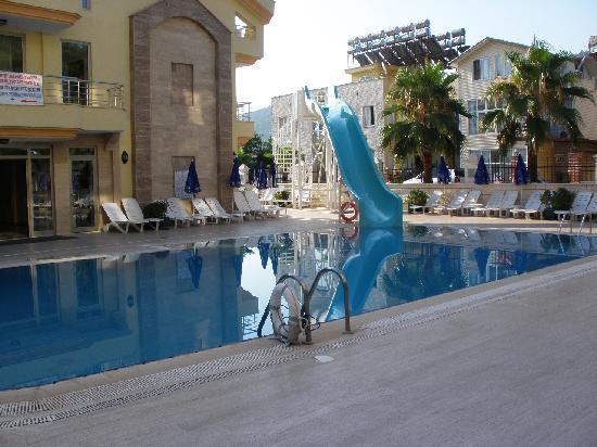 Grand Lukullus : pool