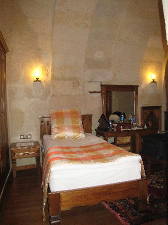 Stone House Cave Hotel: just a sense of the bedroom