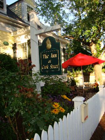 The Inn at Cook Street: Inn At Cook Street is just wonderful!