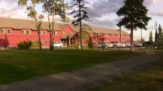 Copper River Princess Wilderness Lodge: front view