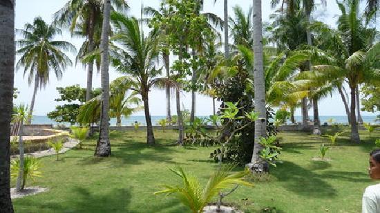 Beach Resort Villa Kaanit: Park
