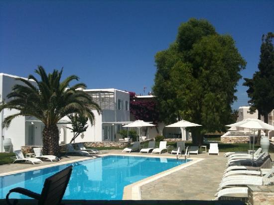Boudari Boutique Hotel and Suites: Hotel Pool Area
