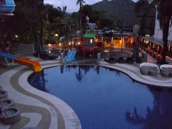 Greenery Resort: Water Park