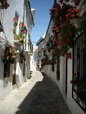 Priego de Cordoba, Spanien: The street to Casa Banos