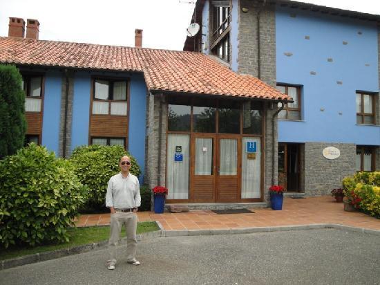 Villaviciosa, España: Entrada al Hotel