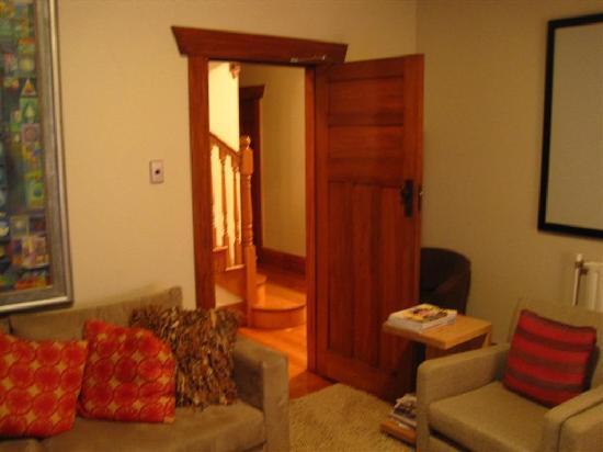 لايك لودج: living room 2