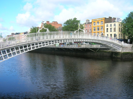 Дублин, Ирландия: Dublin's bridge