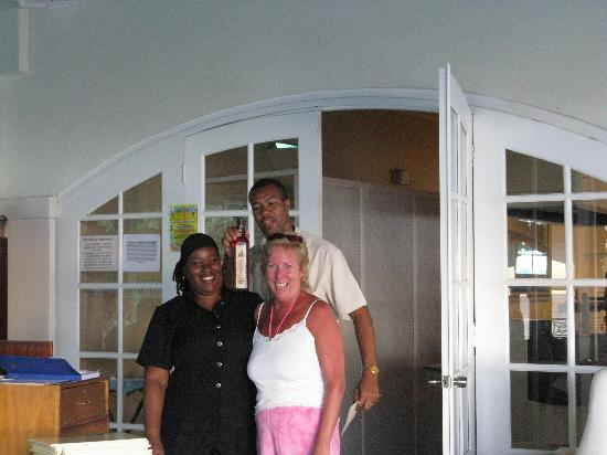 Mango Bay All Inclusive: Curlene, Robert the restaurant manager and me