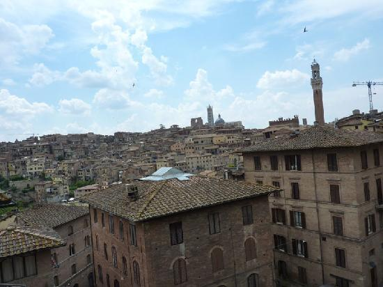 Locanda di San Martino Siena Residenza d'Epoca: the view from the two rooms