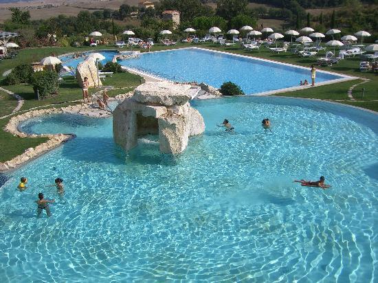 Piscina termale e piscina d 39 acqua dolce foto di hotel adler thermae spa relax resort bagno - Offerte hotel adler bagno vignoni ...