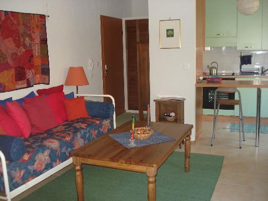 Domaine en Prael : Green Apartment