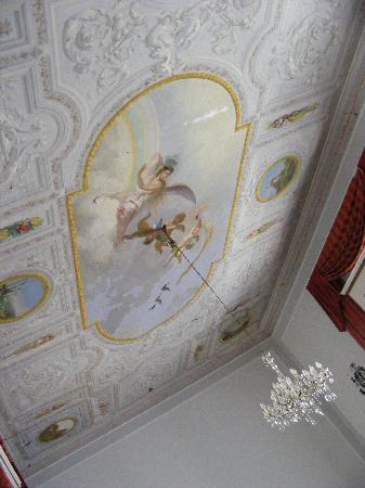 Le Stanze del Vicere': The lovely roof in the breakfast room