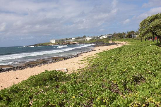 Kauai Beach Resort: Die Anlage vom Meer aus