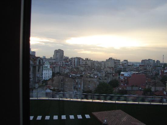 Zira Hotel : View over Belgrade from our room