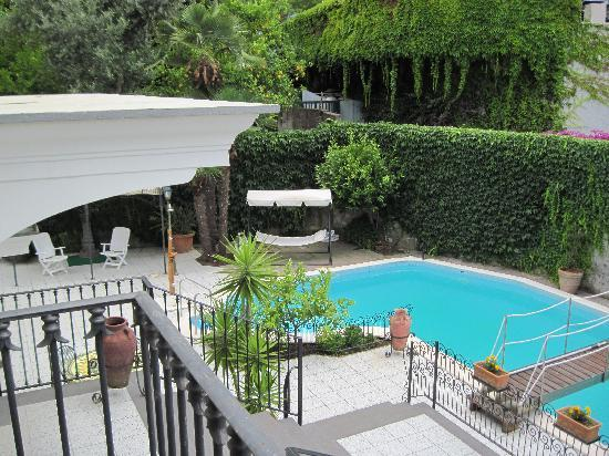 Villa Adriana Guesthouse Sorrento: another view from my balcony