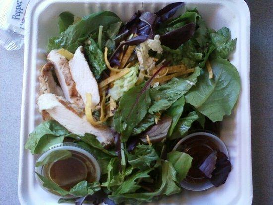 Carson's American Bistro: barely there! (thai chicken salad!?)