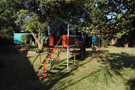 Zigzag B&B: Spielplatz