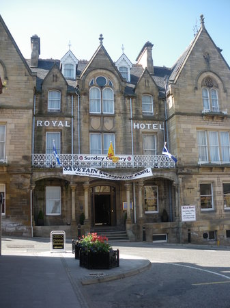 royal hotel tain
