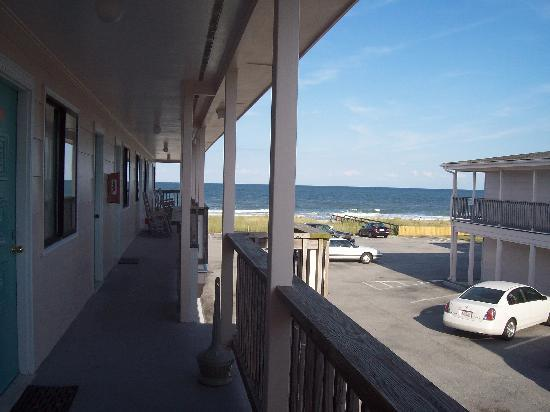 Kure Beach, Carolina del Nord: From the balcony where we stayed