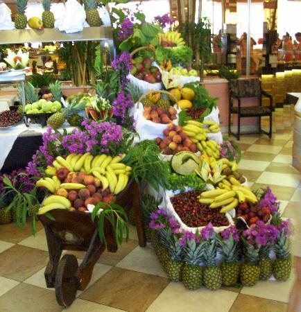 Hotel Best Cambrils: Just some of the fruit selection all meals