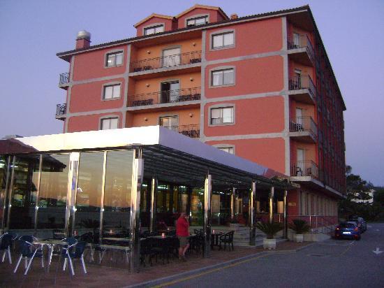 Hotel Delfin Azul: entrada al hotel