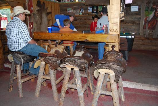 Black Mountain Ranch: Saloon
