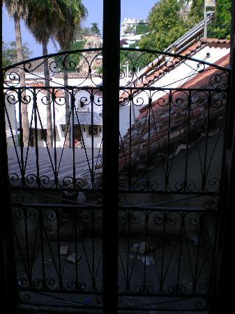 Tutav Adalya Hotel: view 2 from second room (looking around corner)