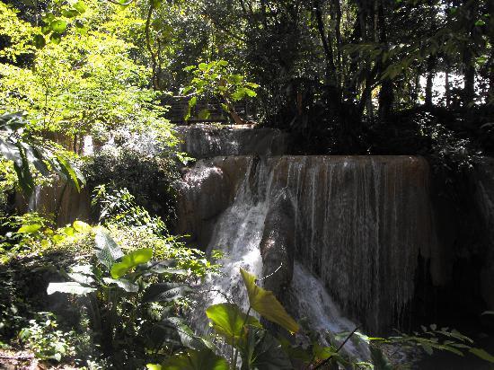 Palenque, México: Wasserfall
