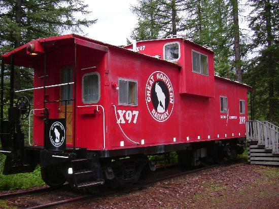 Izaak Walton Inn: Red Caboose