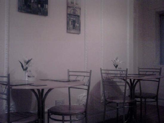 Phoenix B&B: Dining Room