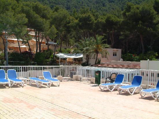 Globales Montemar Apartments Sunbathing Area