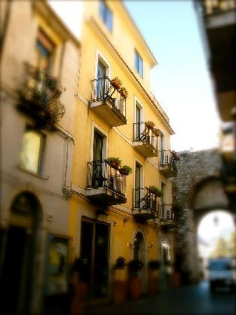 Hotel del corso updated 2017 prices reviews taormina for Corso arredatore d interni catania