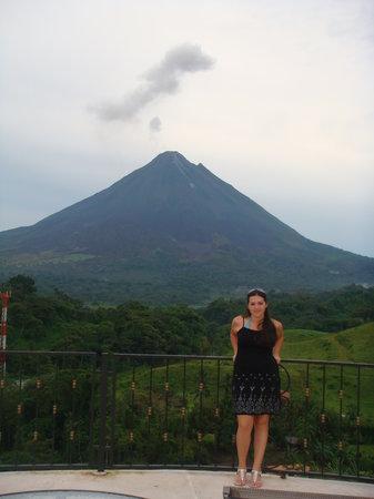 Linda Vista Hotel: vista desde el observario hacia el volcan