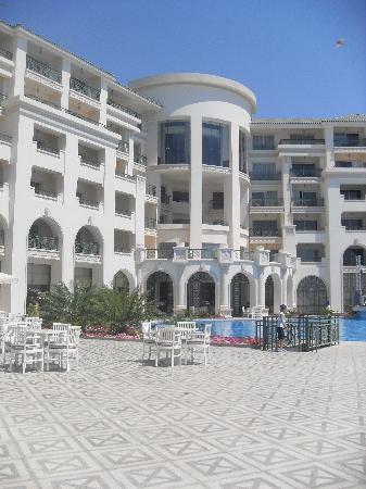 Stella Di Mare Beach Hotel & Spa : View from pool