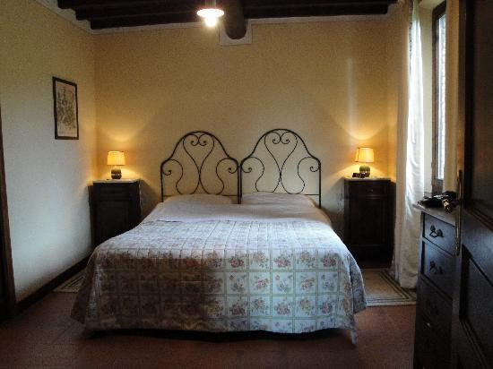 Sant' Antonio: Bedroom of Apt #7