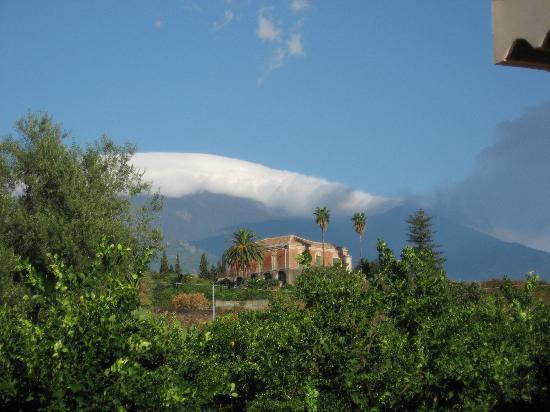 Acireale, Italien: L'Etna