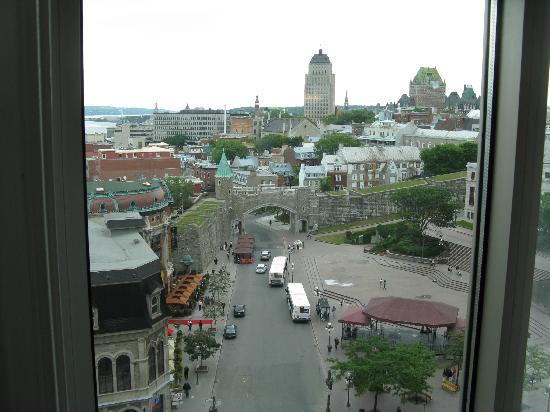 Hotel Palace Royal: the nice view of the city from the room