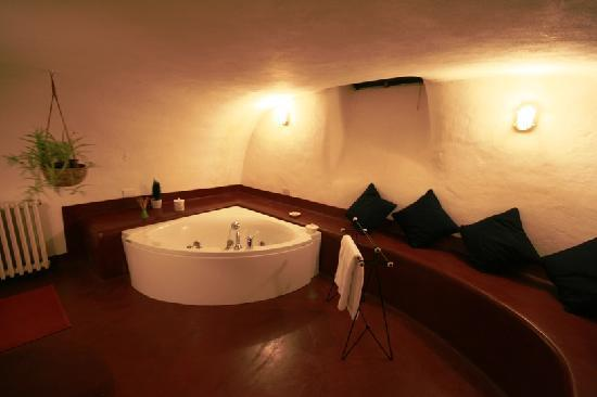 B&B Villa Castelcicala: bathroom donna taddea