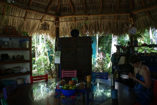 Casa Ki: Community Kitchen