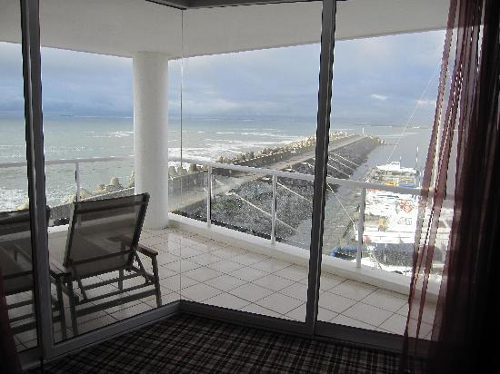 Radisson Blu Hotel Waterfront, Cape Town: View from our condo