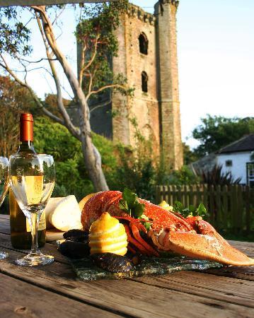 The Tower Inn : garden delights