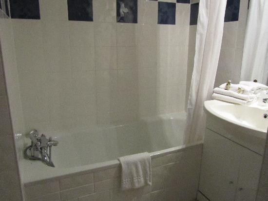 Appart'City Toulouse Tournefeuille : Bathroom