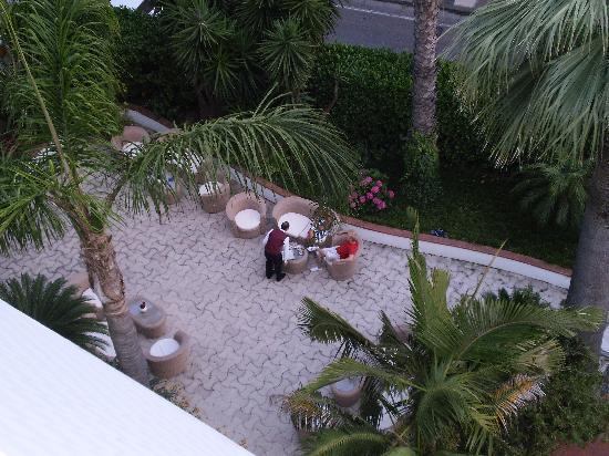 Hotel Caravel Sorrento: AREA ALL'APERTO