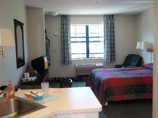 Extended Stay America - Peoria - North: Queen Studio 11