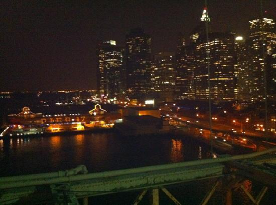 Bridge Cafe : Brooklyn Bridge after dinner