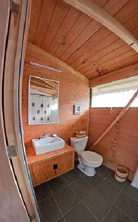 Cabanas Morerava: Bathroom