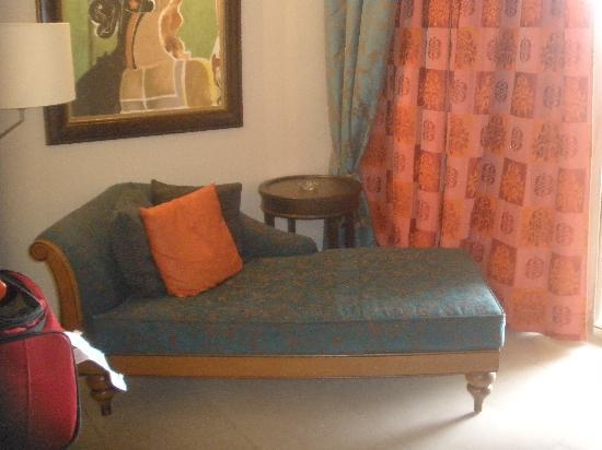 Iberostar Grand Hotel Rose Hall: Lounge chair in room
